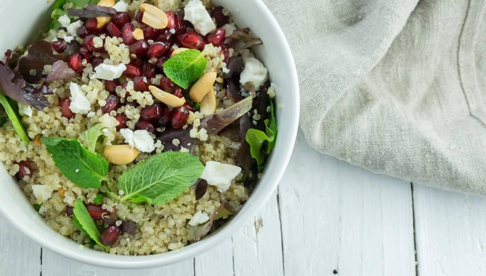 Amanida de quinoa, menta i magrana