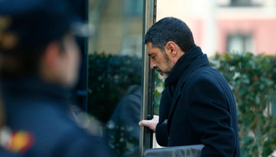 El major dels Mossos d'Esquadra, Josep Lluís Trapero, entra a les dependències de l'Audiència Nacional.
