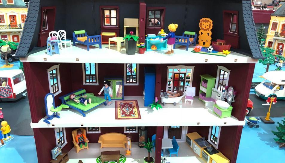 Del 23 al 25 de febrer, tan petits com grans disfrutaran de recreacions fetes amb Playmobils.