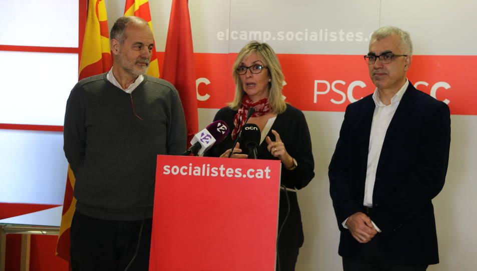 Pla mig de la diputada del Congrés i portaveu del Pacte de Toledo, Mercè Perea, durant la roda de premsa a la seu del PSC de Tarragona.