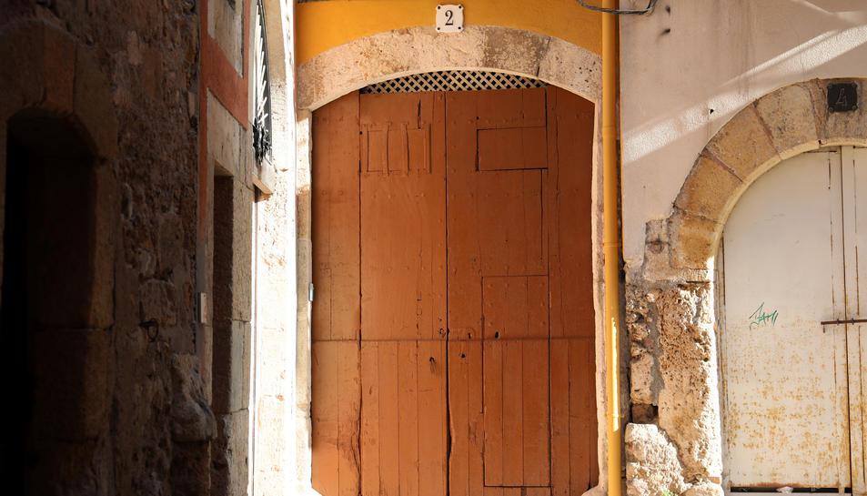 La seu de Fem Camí estarà ubicada al número dos del carrer Civaderia, al barri de la Part Alta.
