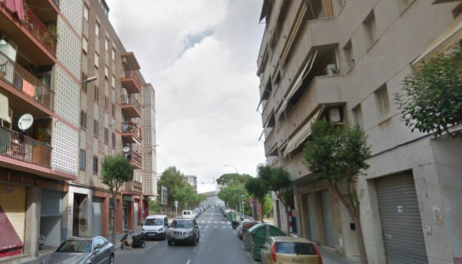 L'incident s'ha produït a les 14.57 hores al carrer Villalonga de Reus.