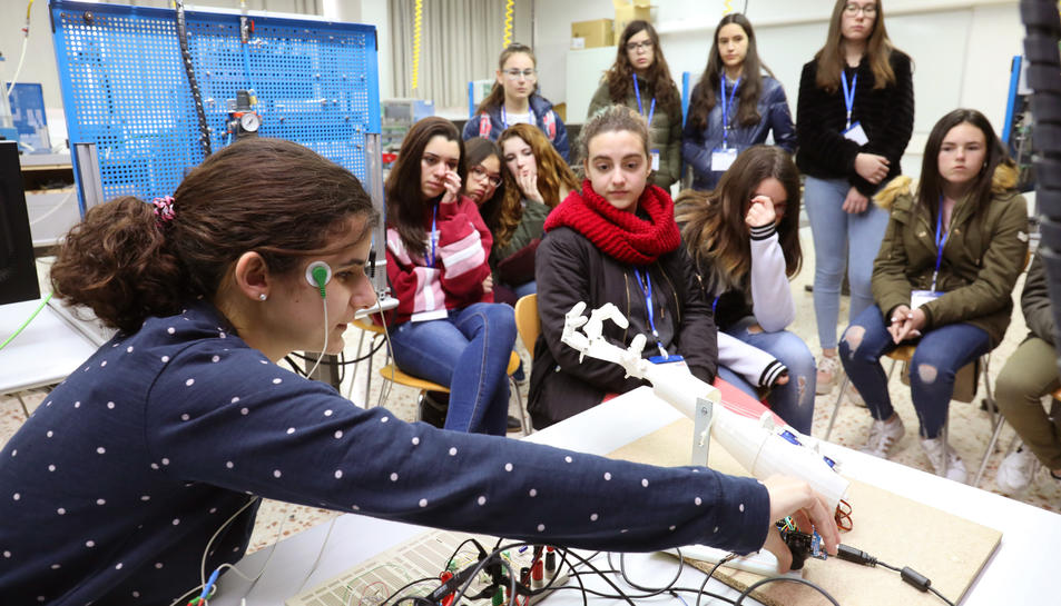 Una de les sessions del Gril's Day celebrat al campus Sescelades de la URV