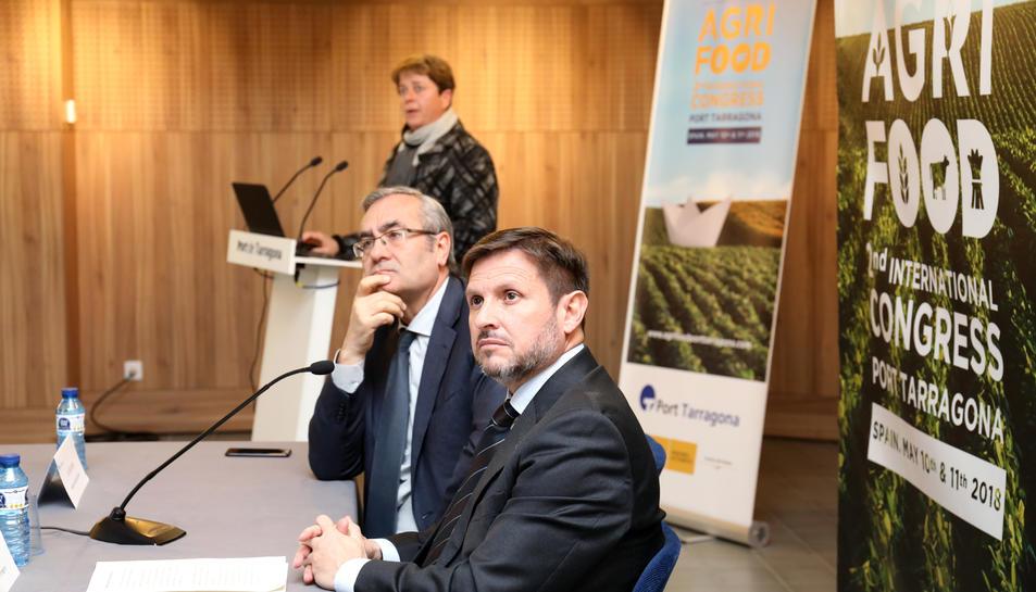 Josep Andreu, en primer pla, i José Llorca, en segon, ahir durant la presentació del congrés.