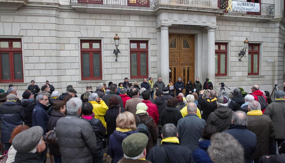 Les concentracions s'han fet sota el lema 'Protegim el model d'escola catalana'.