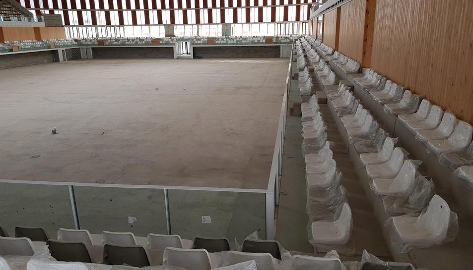 Imatge de l'interior del Palau d'Esports a l'Anella Mediterrànea.