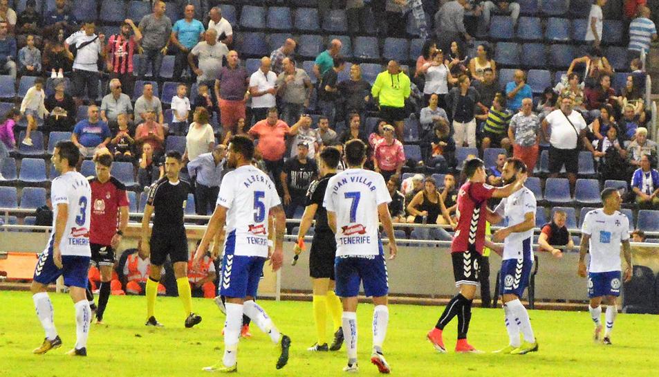 Els jugadors del Tenerife buscaran derrotar a un Nàstic contra el qual han puntuat al Nou Estadi en cinc de les últimes sis visites.