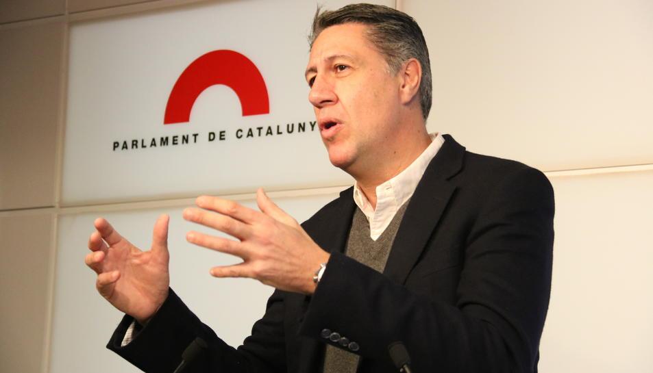 El líder de PPC, Xavier García Albiol, als faristols del Parlament.