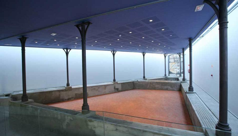 Les exposicions estan organitzades pel Casal de les Dones i el CFGS de Promoció d'Igualtat de l'Institut Gaudí de Reus.