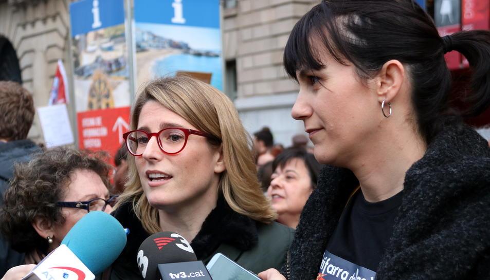 Imatge d'ahir de la portaveu de JxCat, Elsa Artadi i Aurora Madaula, diputada.