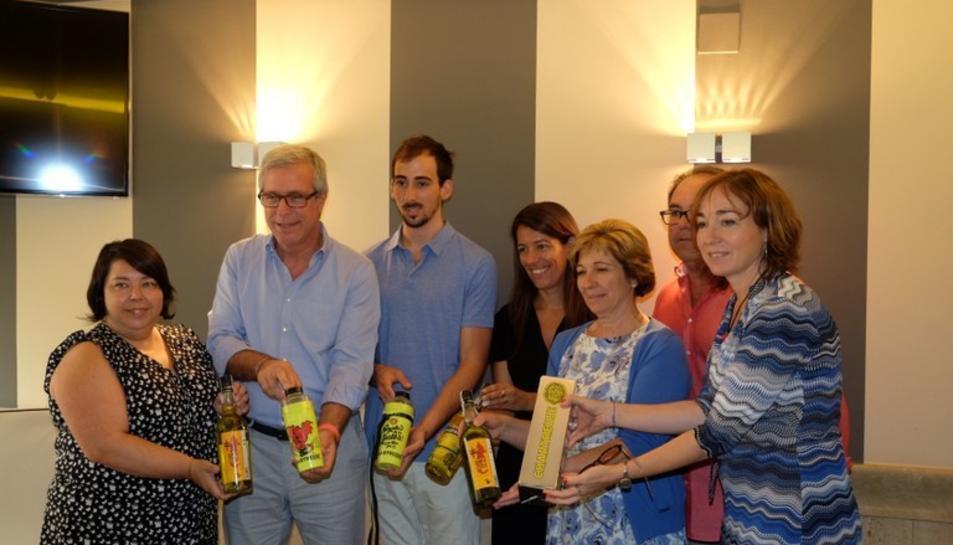 Imatge d'arxiu de la presentació d'una d eles ampolles commemoratives de Chartreuse a Tarragona.