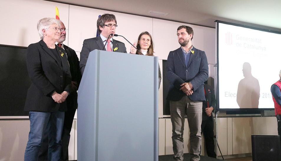 El president Carles Puigdemont i els consellers a l'exili durant el seu discurs el 22 de desembre passat a Brussel·les