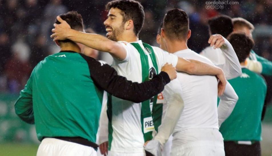Els jugadors del Córdoba celebren la victòria de la passada jornada contra el Lugo (1-0).