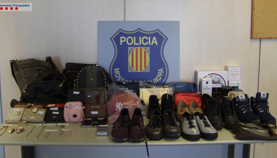 Material robat que estava en possessió del detingut.