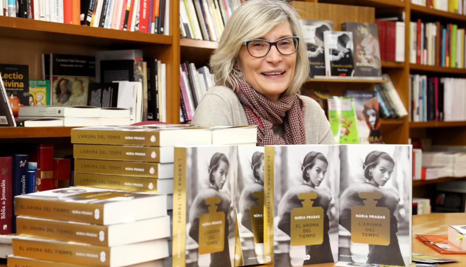 Núria Pradas, el passat dimecres a la llibreria La Capona de Tarragona.