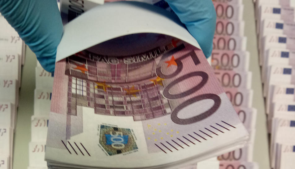 Els estafadors volien intercaviar 450.000 euros en bitllets més petits.
