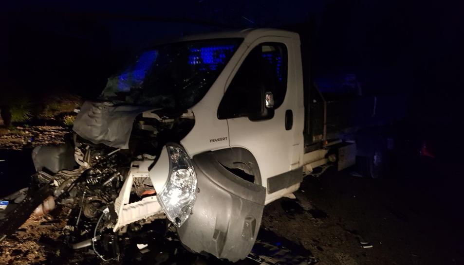 Imatge de la furgoneta després de l'accident.