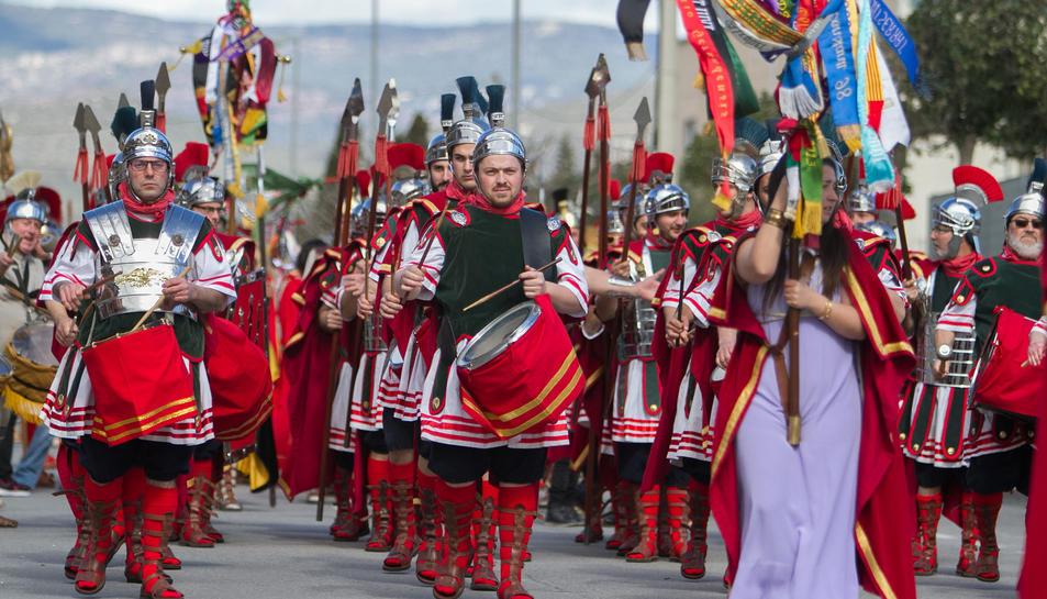 Els participants van recórrer els carrers del municipi fent exhibicions.