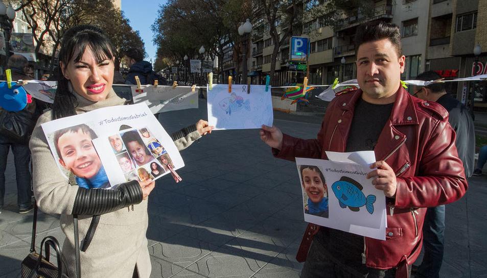 Galería de imágenes de la concentración en recuerdo de Gabriel Cruz