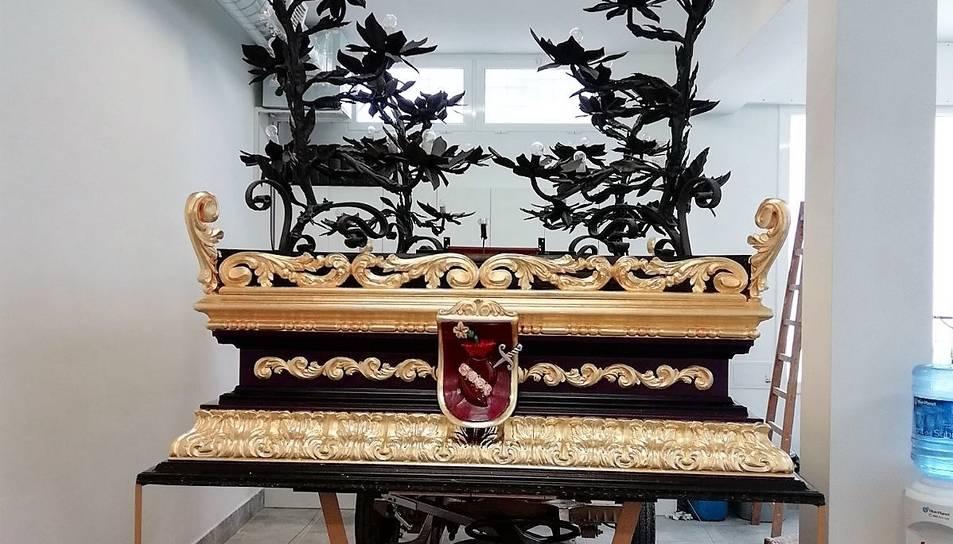 La Confraria de la Verònica lluirà la decoració d'or del 1950.