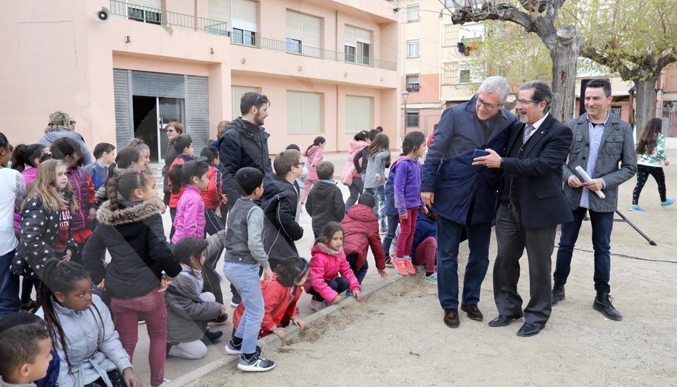 Inauguración de la ampliación del patio de la escuela Torreforta