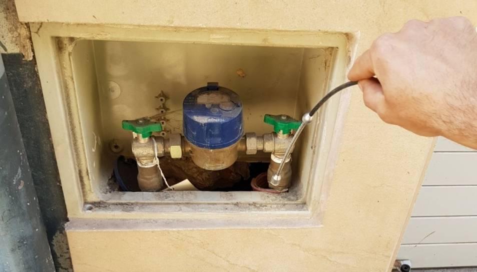Una microcàmera permetrà controlar si es produeixen consums fraudulents d'aigua.