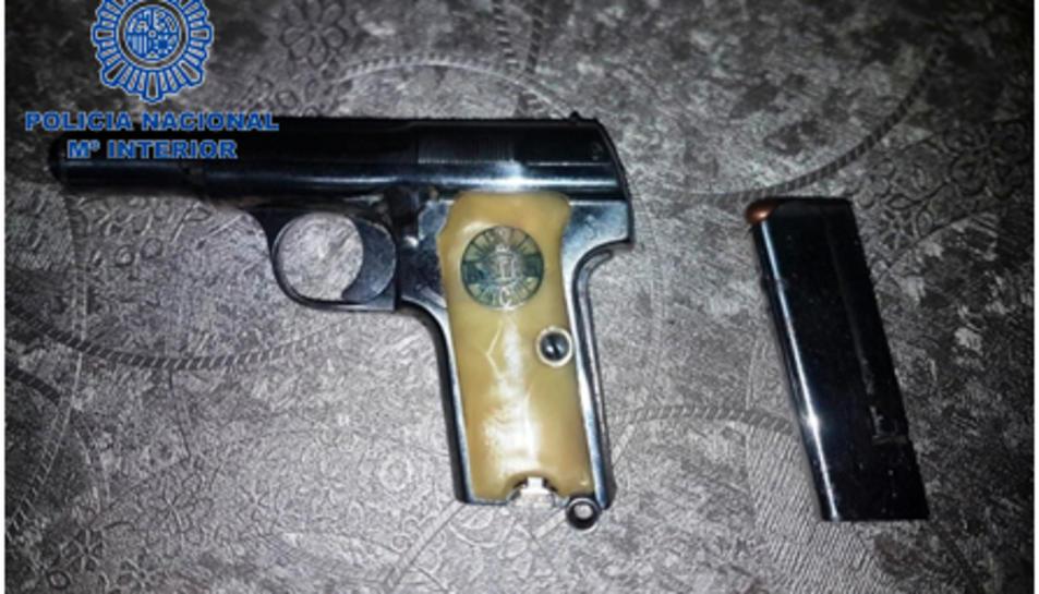 En el registre també s'hi van trobar armes de foc.
