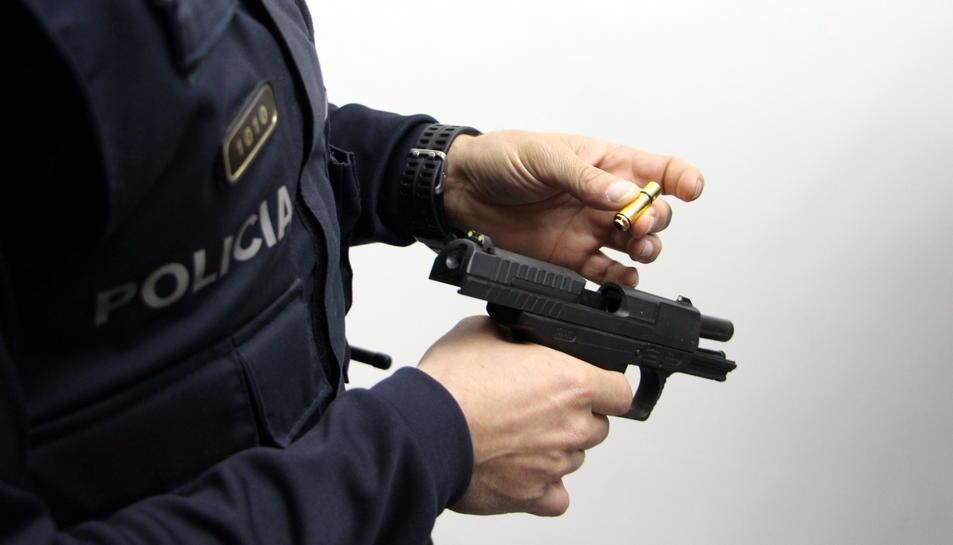 Aquest sistema permet simular una situació autèntica i la conducta que l'agent ha de seguir en aquest instant.