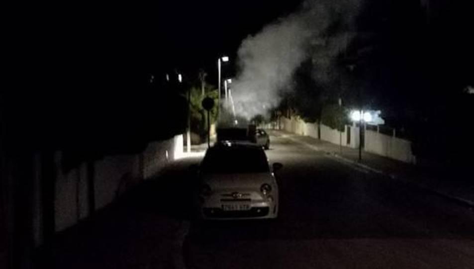 Els contenidors van cremar en tres carrers diferents del municipi.