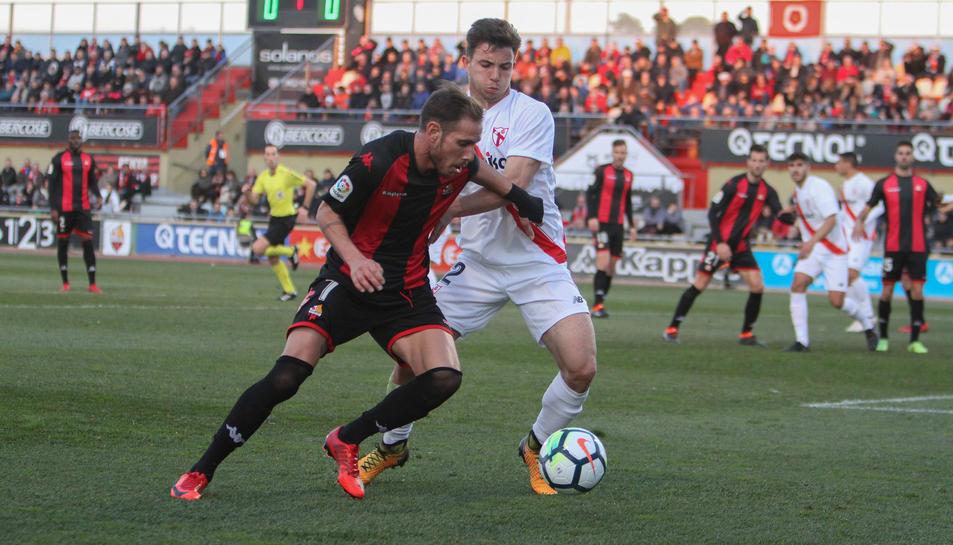 Querol en el matx contra el Sevilla Atlético jugat a l'Estadi.