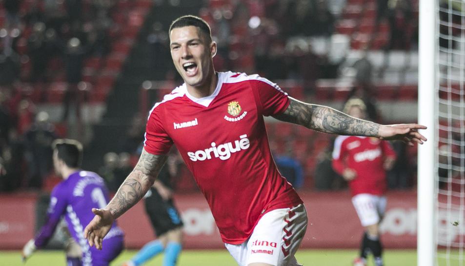 Tete Morente celebra el 3-0 contra el Lugo, obra seva.