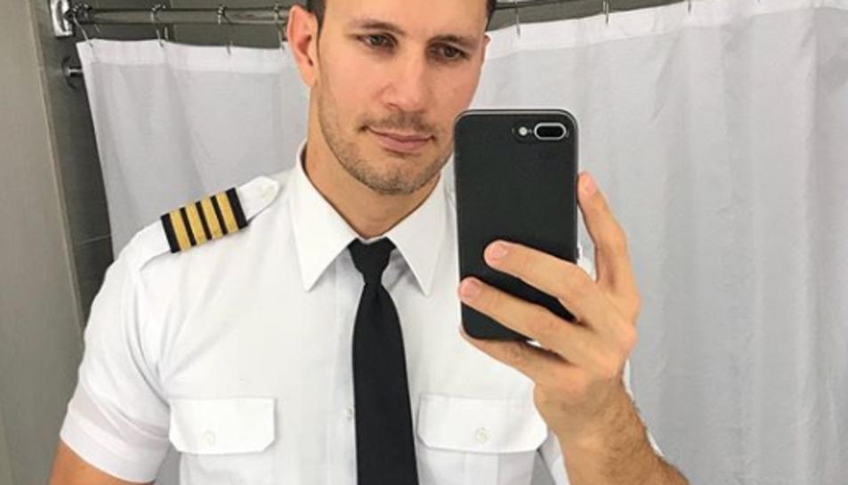 El pilot més sexi del món que crea tendència a Instagram