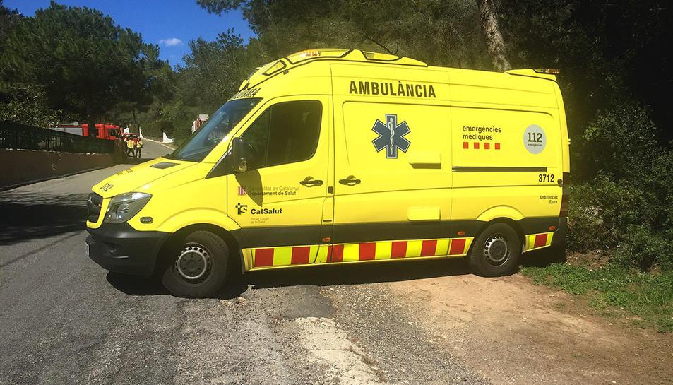 Imatge d'arxiu d'una ambulància del SEM.