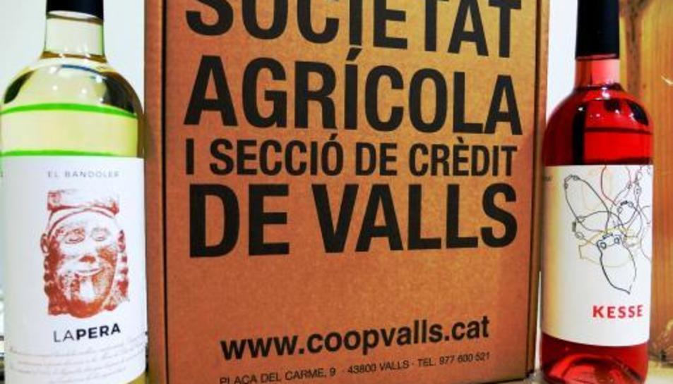 Els dos nous vins de la cooperativa de Valls.