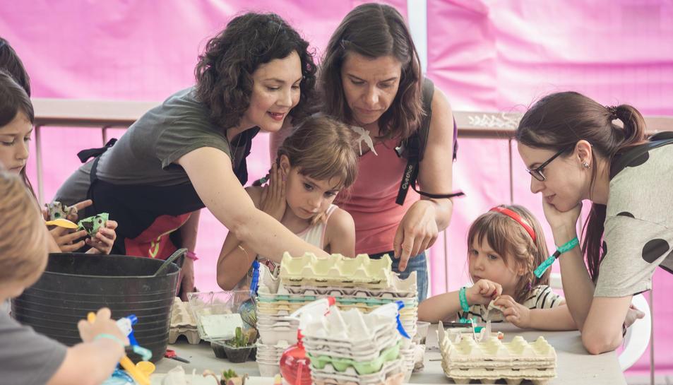 L'objectiu del festival és que petits i grans comparteixin una experiència artística i coneguin als artistes del territori.