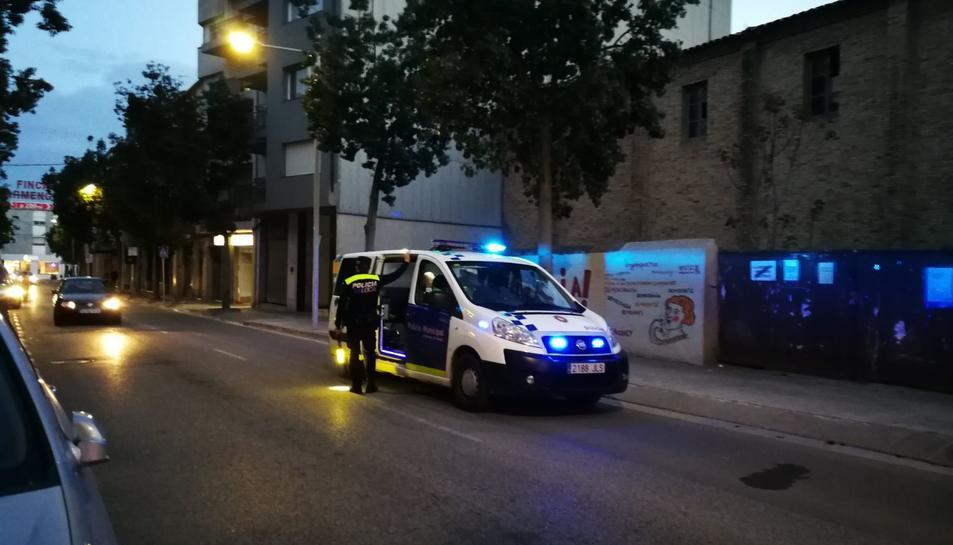 Els nens han estat traslladats a l'hospital del Vendrell amb diverses contusions.