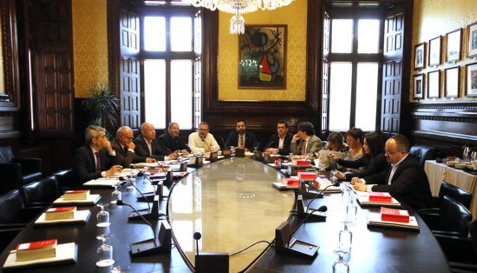 La Mesa del Parlament, reunida el 24 d'abril de 2018.