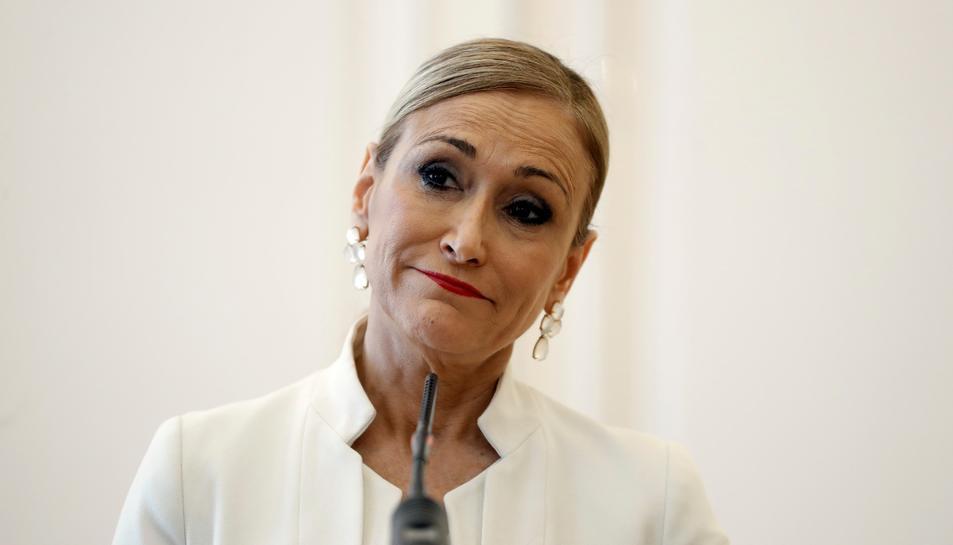Cristina Cifuentes durant la roda de premsa en la qual ha anunciat la seva dimisió com presidenta de la Comunitat de Madrid.