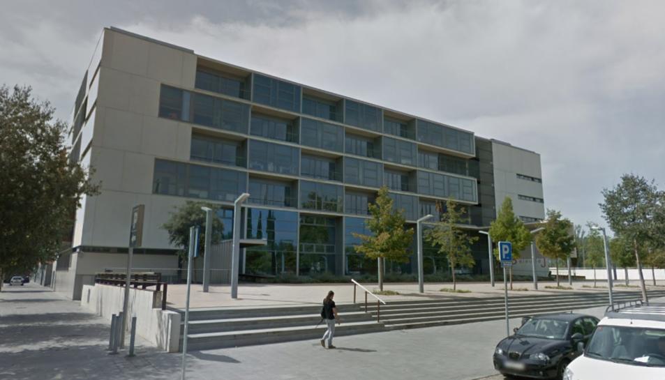 Imatge de la façana exterior de l'Audiència de Girona.