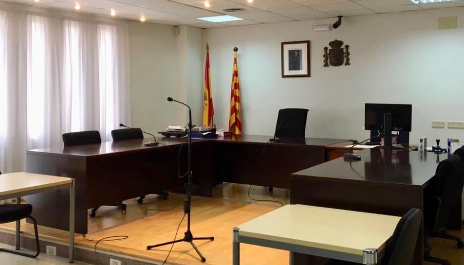 La Sala de vistes de la nova oficina judicial de Gandesa.