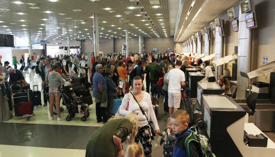 La incidència, informàtica, va tenir més afectació perquè TUI fa el 'handling' de diverses aerolínies.