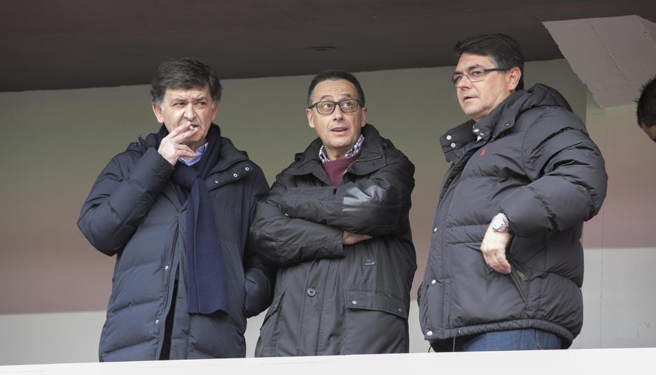 D'esquerra a dreta, Josep Maria Andreu, president del Nàstic, i els directius Josep Alió i Antoni Vallverdú.