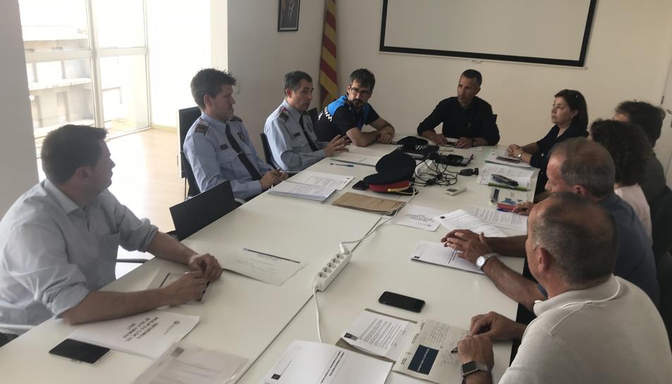Imatge de la Junta local de seguretat d'Alcarràs sense la participació de la Guàrdia Civil.