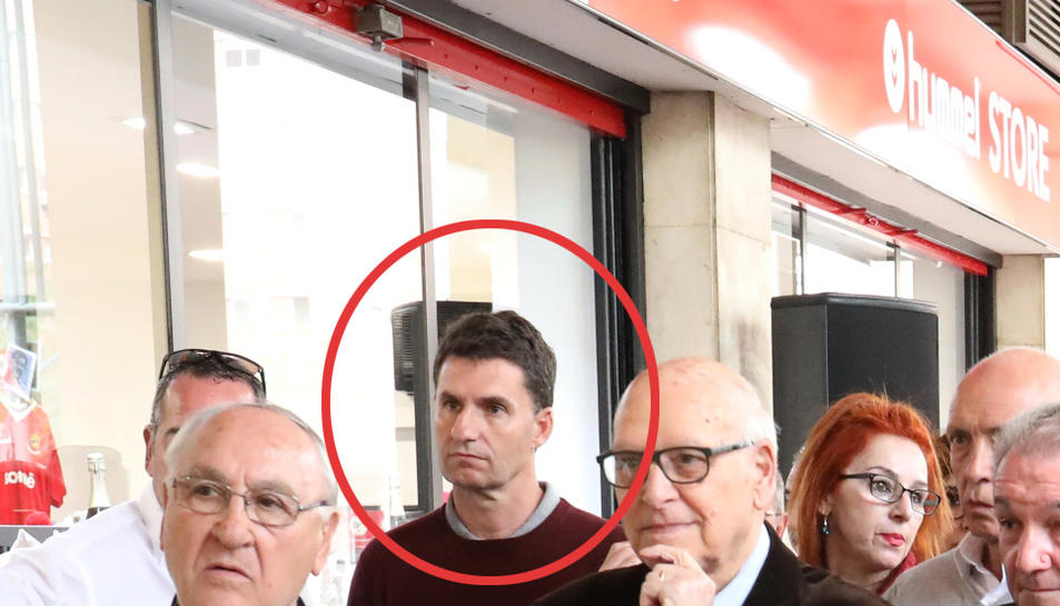 Gordillo va estar present durant la inauguració del Museu del Nàstic.