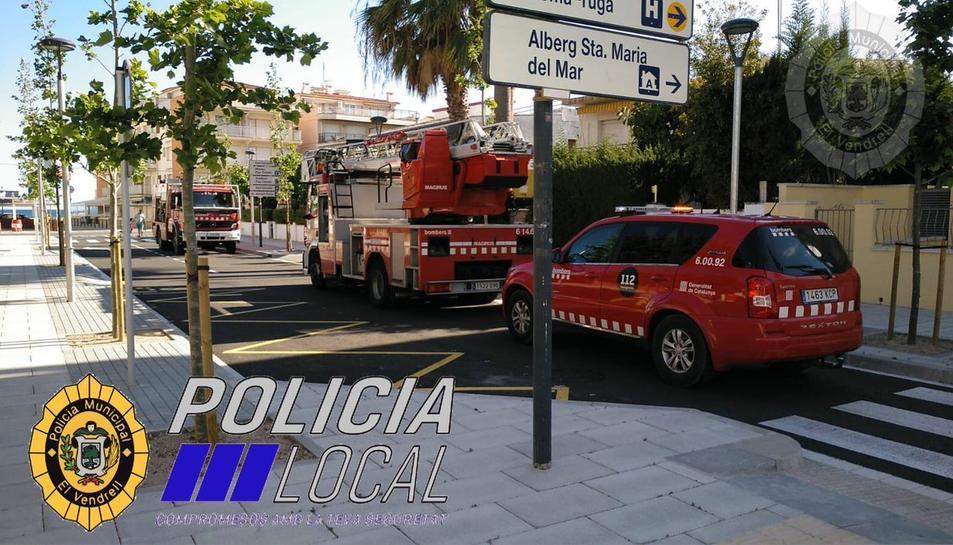 La Policia Local del Vendrell ha actuat en una fuita de gas en un habitatge de Sant Salvador.