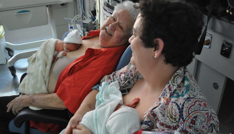 Altres adults també poden practcar el Mètode Cangur als hospitals.