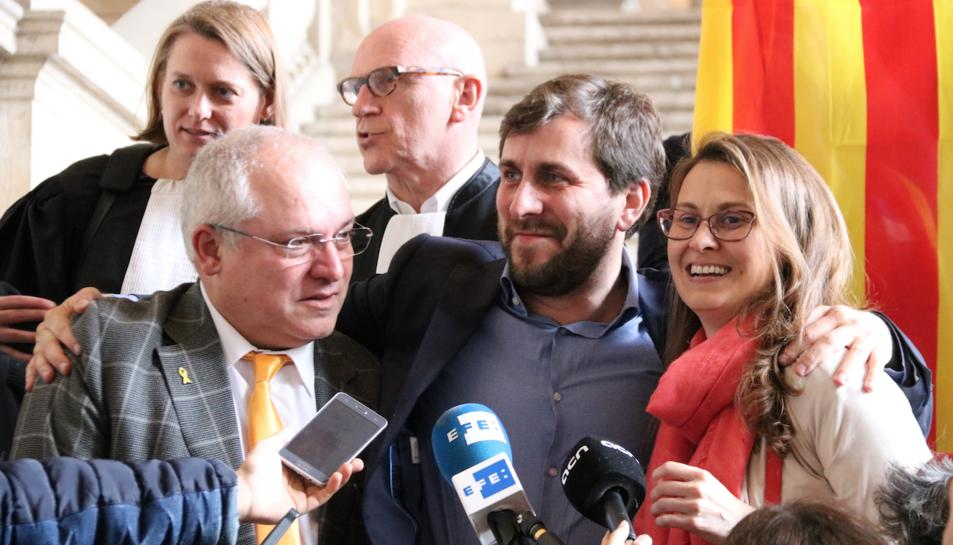 El ministeri públic aposta per reiniciar tot el procediment arran de les «discrepàncies de caràcter formal» amb Bèlgica.