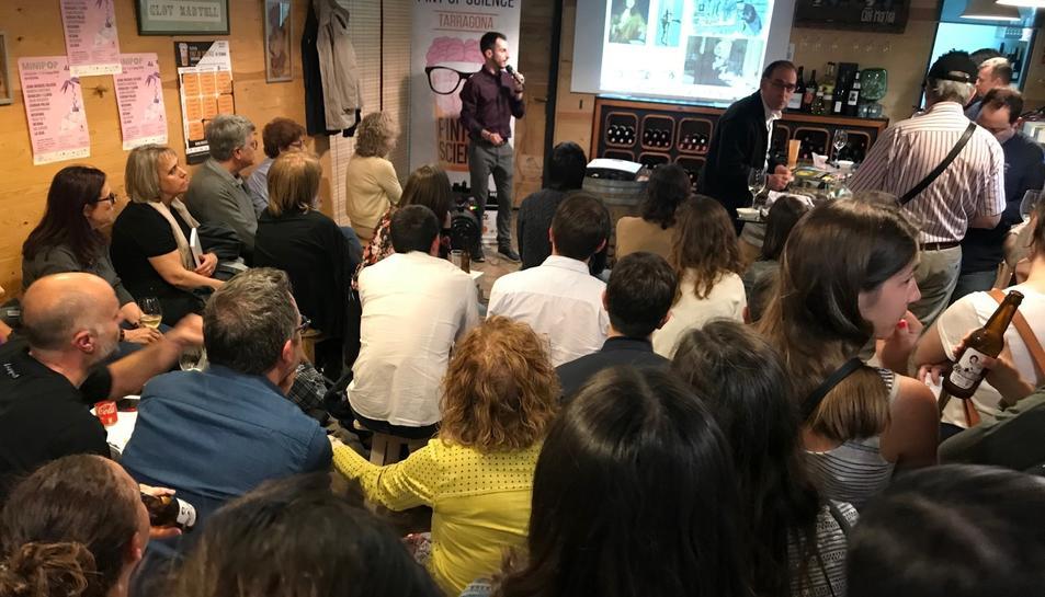 En total, en tot l'Estat espanyol s'han programat 208 esdeveniments impartits per 730 persones.