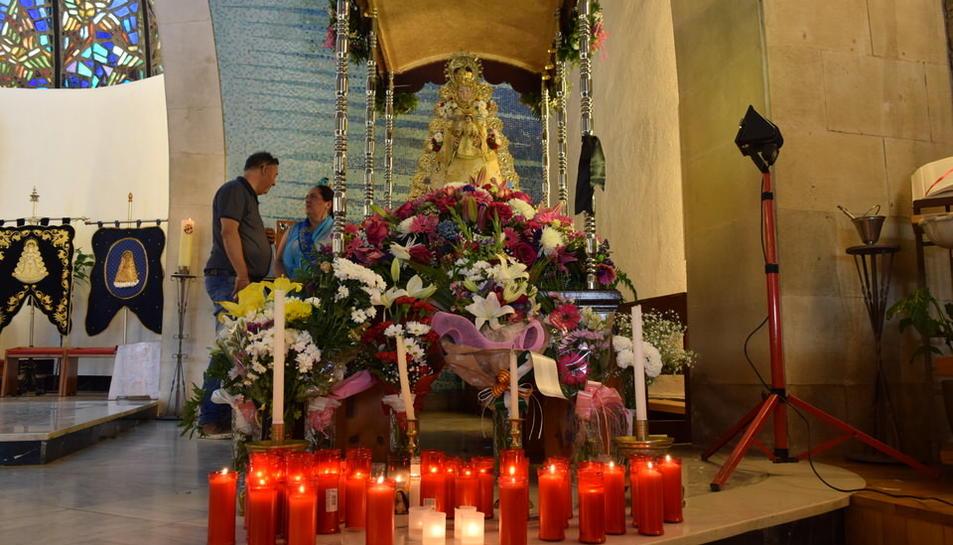 Ofrena floral a la verge del Rocío