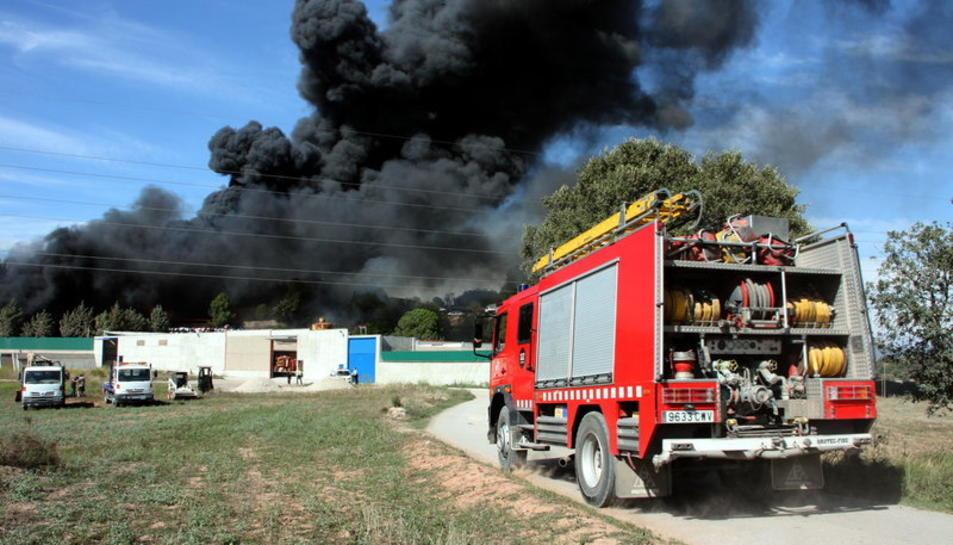 Un camió de bombers, en una imatge d'arxiu.